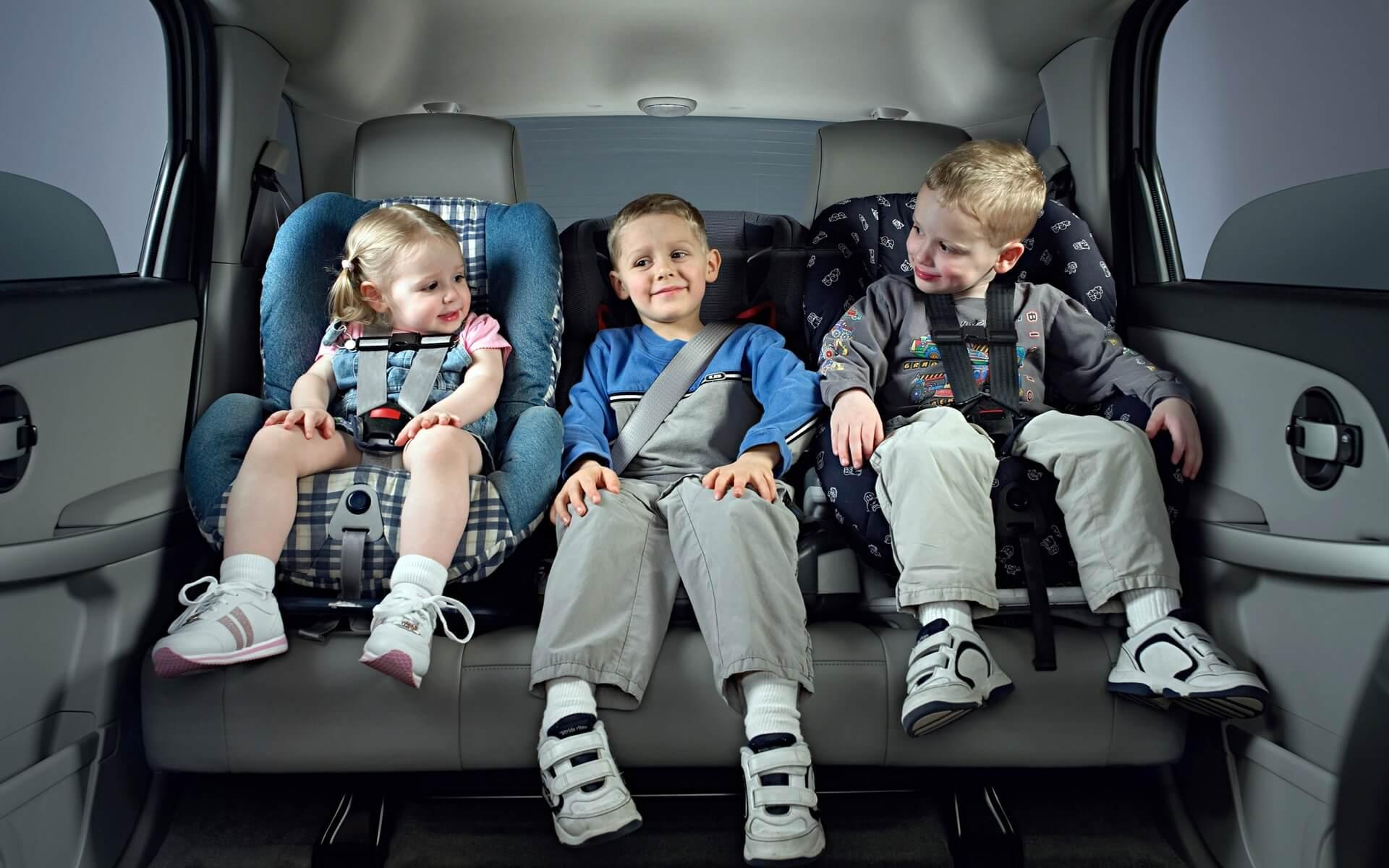 Детские автокресла – надежный уровень защиты